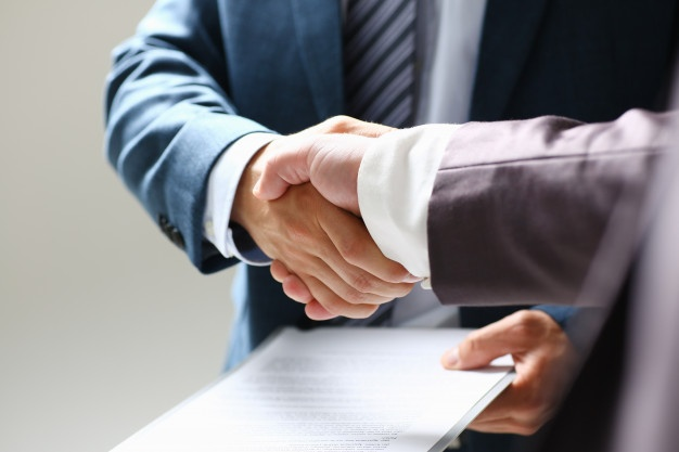 Профессиональная юридическая помощь при ликвидации ООО под ключ в вашем городе